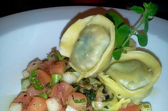 tortellinis-of-mushrooms-&-smoked-capsicums-on-sundried-tomato-tapenade-with-fresh-tarragon
