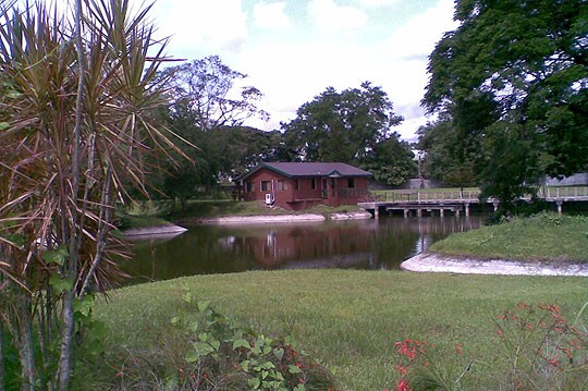 Lakehouse-from-Beach-512